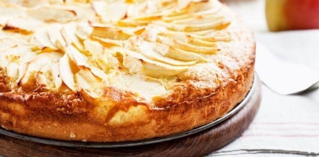 Bezlepkový jablkový koláč